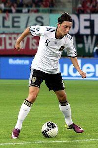 Mesut Özil hat rund 15 Mio Fans auf Facebook