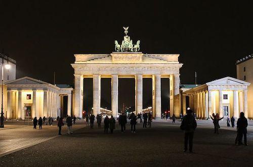 Brandenburger Tor in Berlin als Spielort der EM 2024 in Deutschland