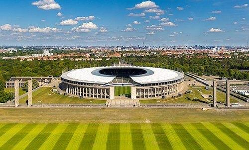 Das Olympiastadion in Berlin als EURO 2024 Spielort